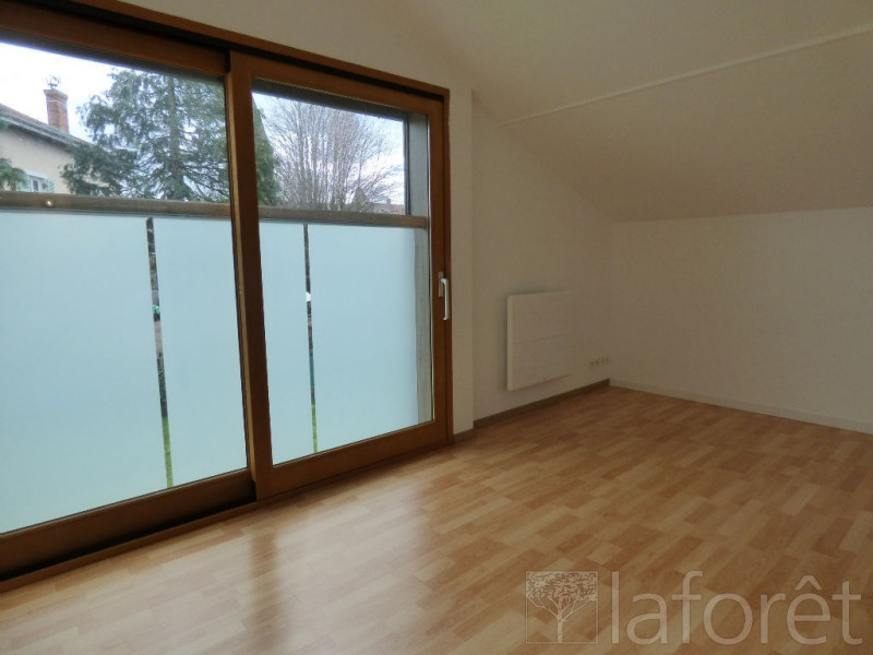 Vente maison / villa St paul de varax 230000€ - Photo 7