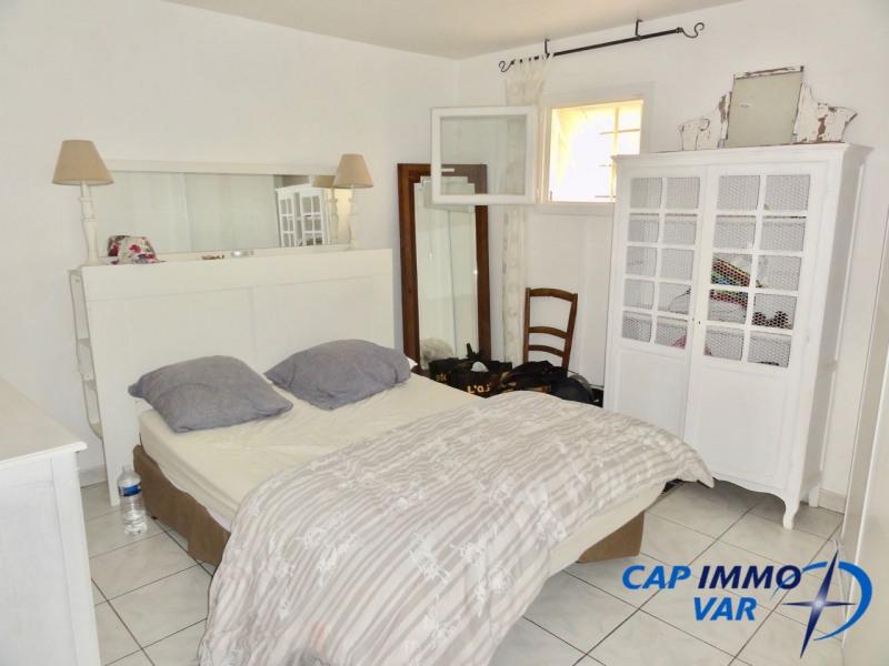 Rental apartment Le beausset 600€ CC - Picture 4