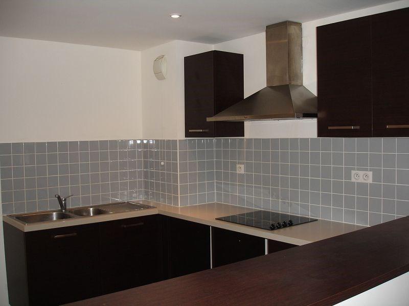 Location appartement Ste clotilde 720€ CC - Photo 5