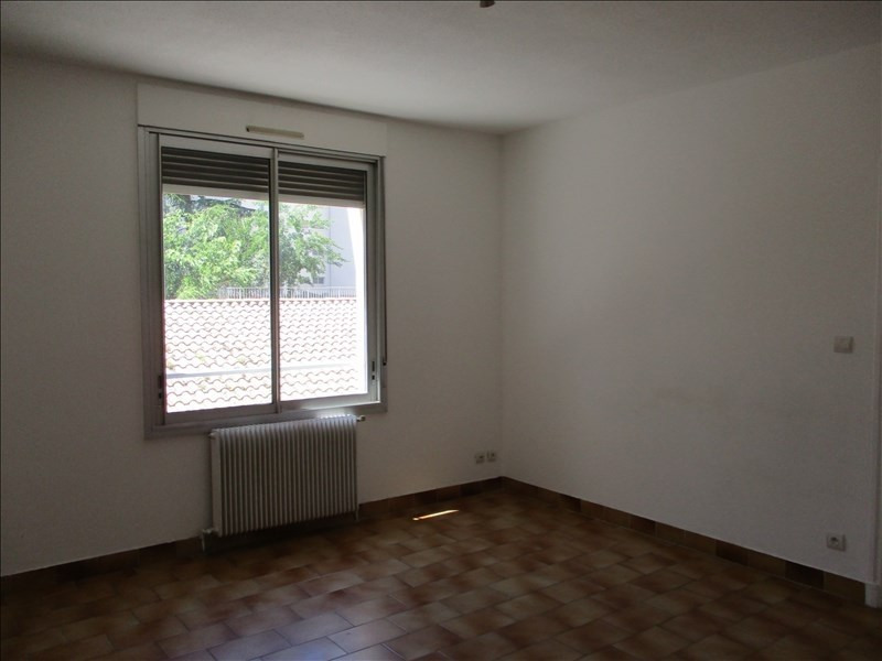 Rental apartment Montelimar 450€ CC - Picture 3