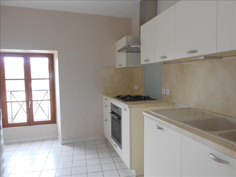Location appartement Provins 830€ CC - Photo 2