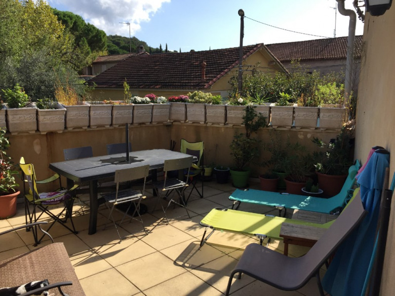 Sale house / villa Chateaurenard 205000€ - Picture 1