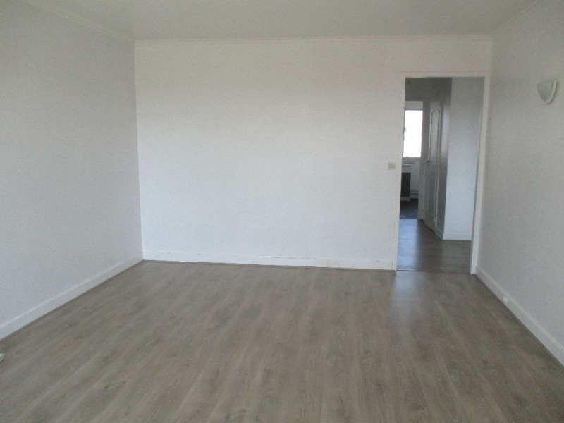 Location appartement Bondy 950€ CC - Photo 3