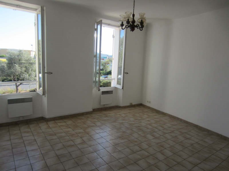 Rental apartment La seyne-sur-mer 586€ CC - Picture 3