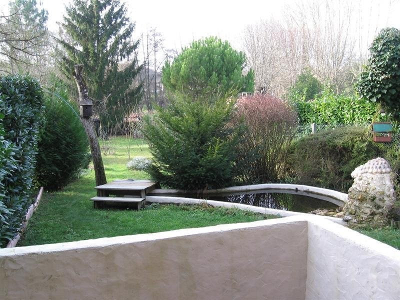 Vente maison / villa Montguyon 144 000€ - Photo 1