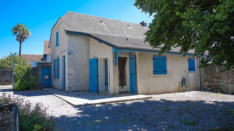 Maison Proche PAU, 4 pièce (s) 122 m²