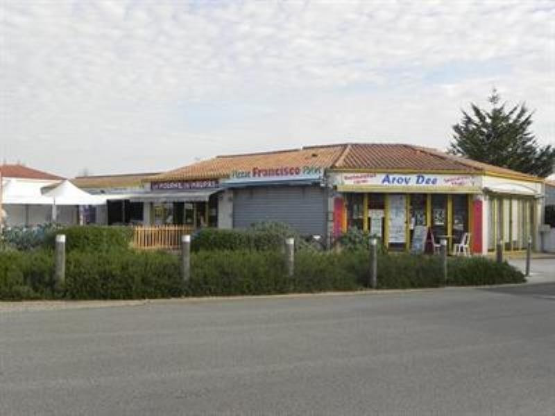 Vente local commercial La tranche sur mer 699900€ - Photo 1