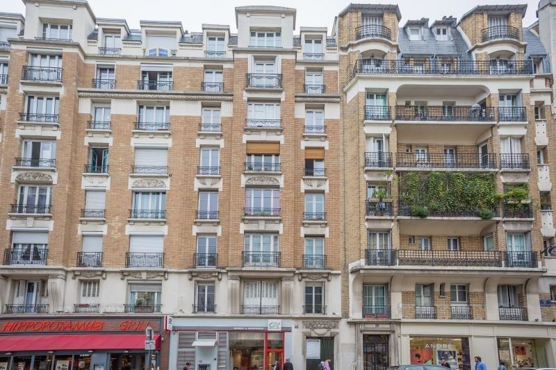 Sale apartment Paris 15ème 815133€ - Picture 2