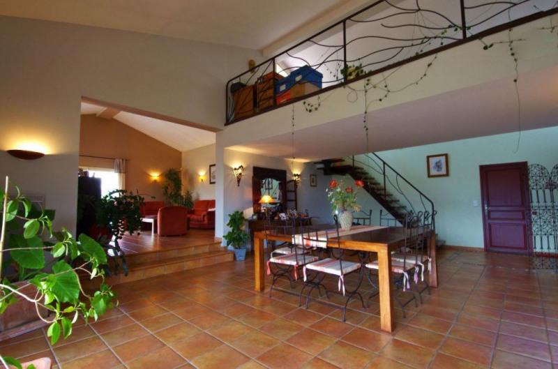 Vente maison / villa Brouilla 520000€ - Photo 2