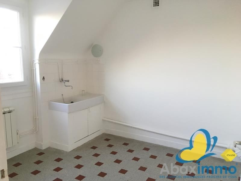 Rental apartment Falaise 420€ CC - Picture 3