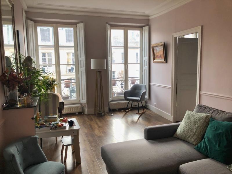 Verkoop  appartement Versailles 515000€ - Foto 1