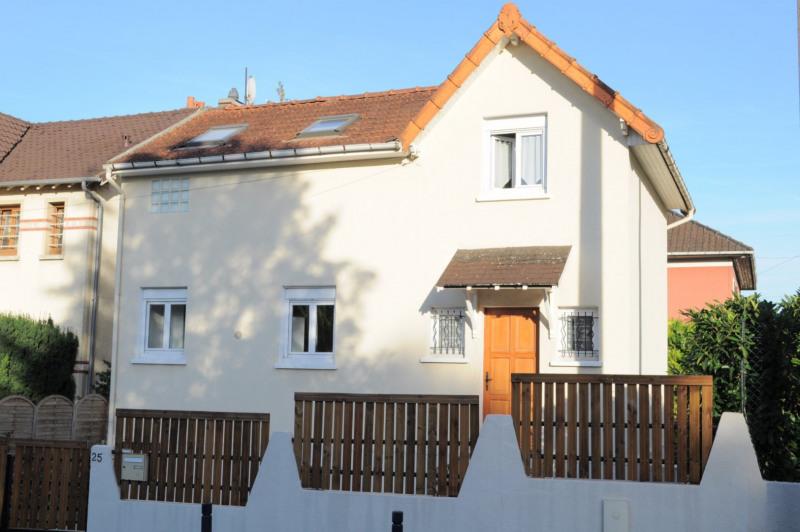 Sale house / villa Villemomble 323000€ - Picture 1