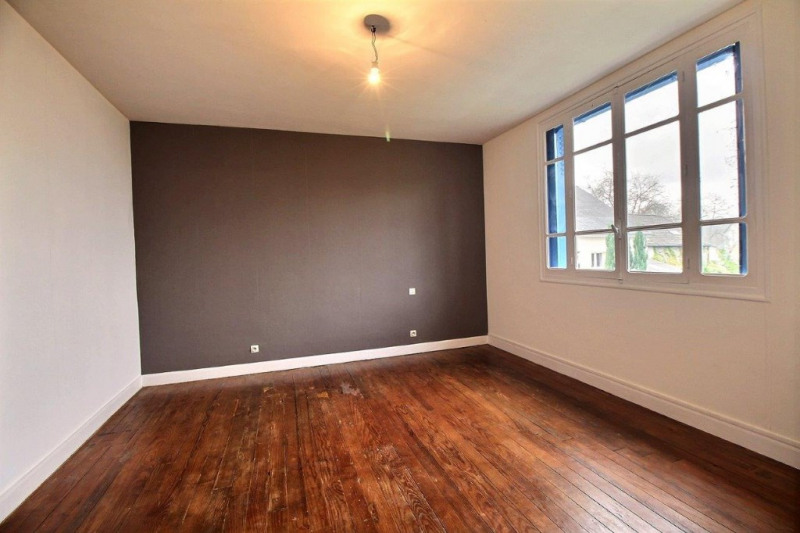 Sale house / villa Louvie juzon 106000€ - Picture 3