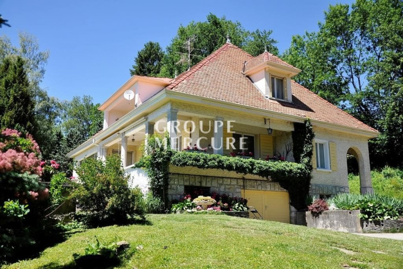 Deluxe sale house / villa Lucinges 770000€ - Picture 1