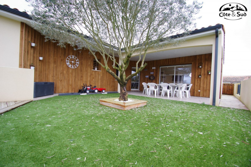 Revenda casa St medard d'aunis 384800€ - Fotografia 1