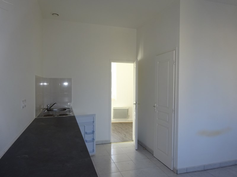 Location appartement Saint-fons 430€ CC - Photo 1