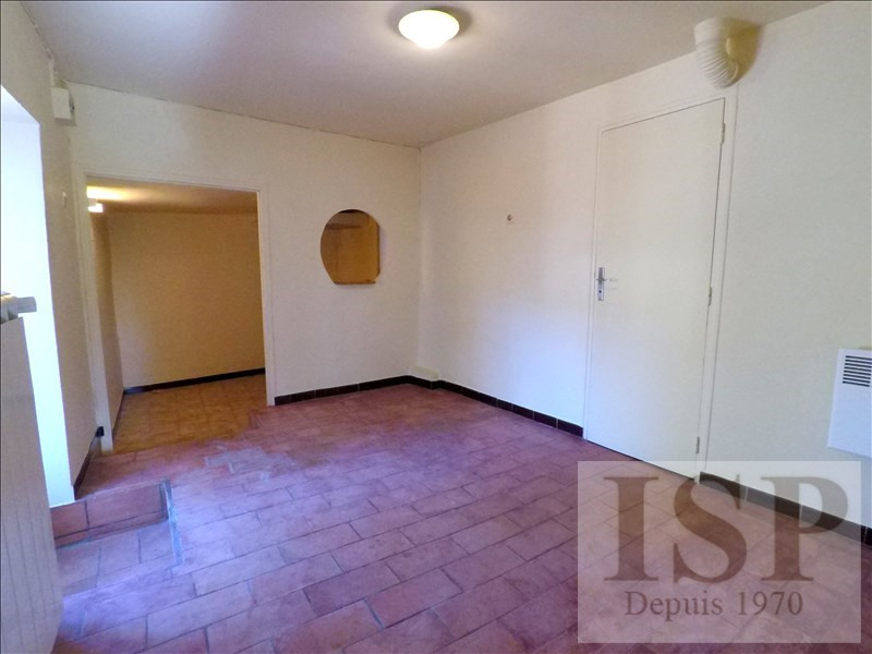 Location appartement Les milles 562€ CC - Photo 4