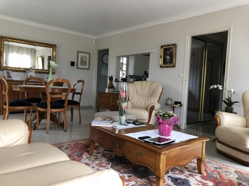 Sale house / villa Isneauville 286 500€ - Picture 9