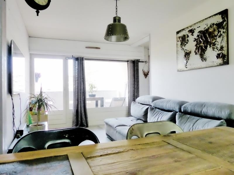 Sale apartment Cluses 150000€ - Picture 1