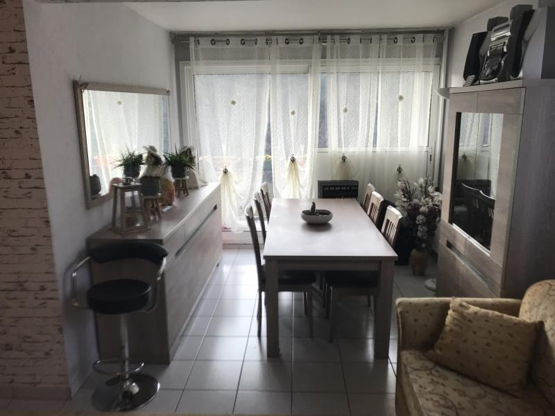 Vente appartement Oyonnax 75000€ - Photo 2