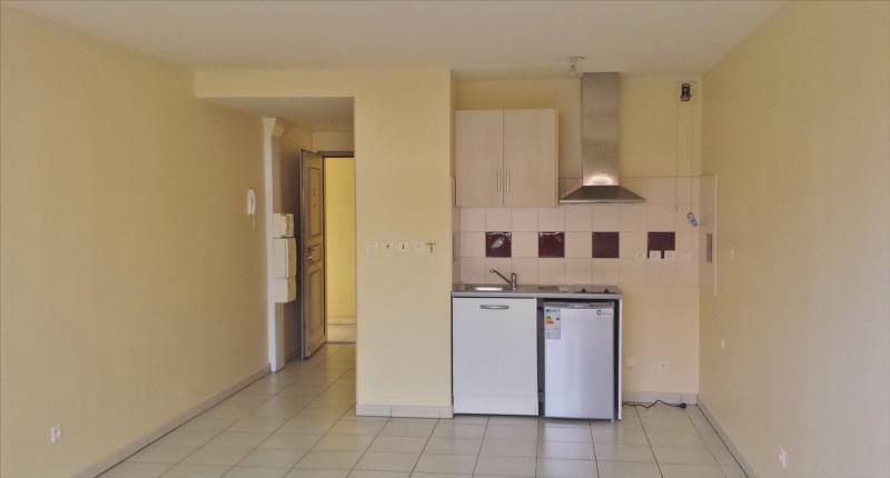 Revenda apartamento Saint gilles les hauts 90000€ - Fotografia 2