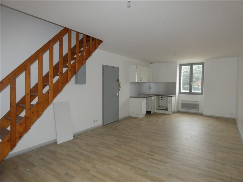 Location appartement Le teil 450€ CC - Photo 1