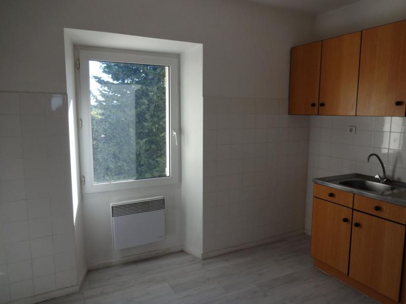 Rental apartment Althen des paluds 630€ CC - Picture 1