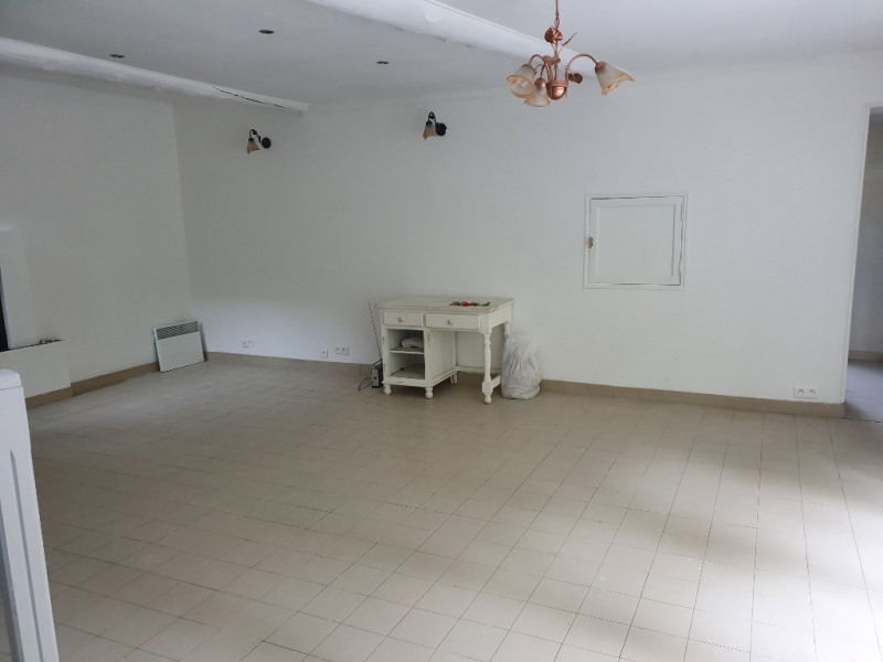 Location appartement Meyrargues 995€ CC - Photo 2