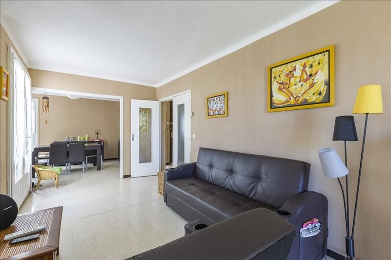 Sale house / villa Le puy ste reparade 289000€ - Picture 5