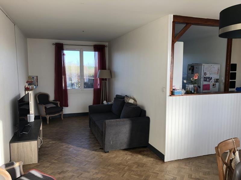 Sale house / villa St benoit 136000€ - Picture 12