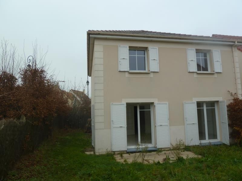 Sale house / villa Maurecourt 370 800€ - Picture 1