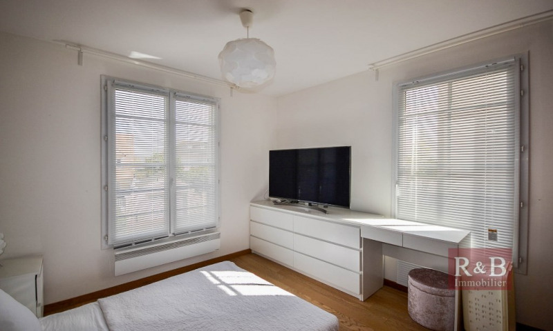 Investment property apartment Les clayes sous bois 241500€ - Picture 7
