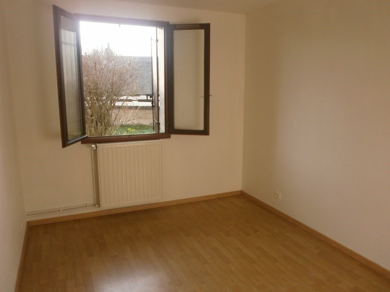 Location maison / villa Nuces 520€ CC - Photo 4