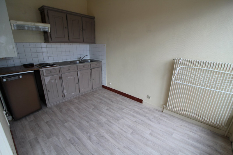 Rental apartment Maurepas 651€ CC - Picture 3