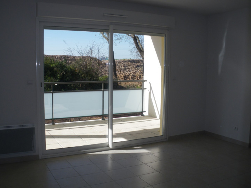 Location appartement Fréjus 790€ CC - Photo 1