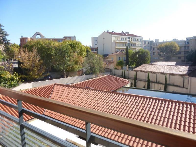 Location appartement Aix en provence 1421€ CC - Photo 3