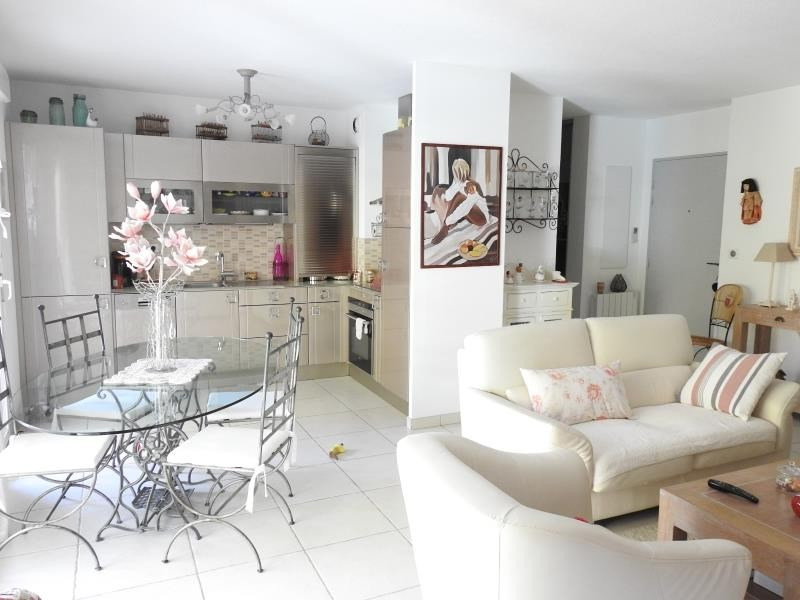 Verkauf wohnung Bormes les mimosas 359500€ - Fotografie 5
