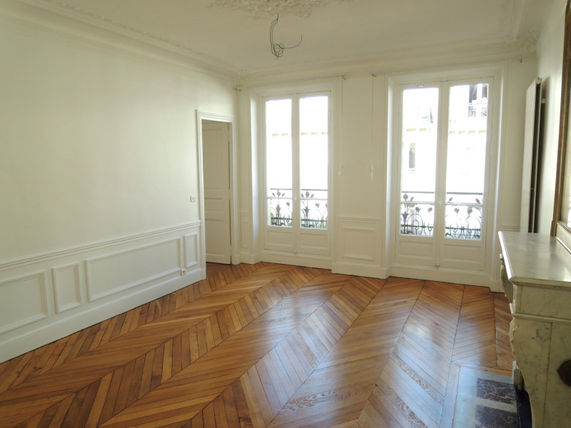 Rental apartment Paris 6ème 3 290€ CC - Picture 3