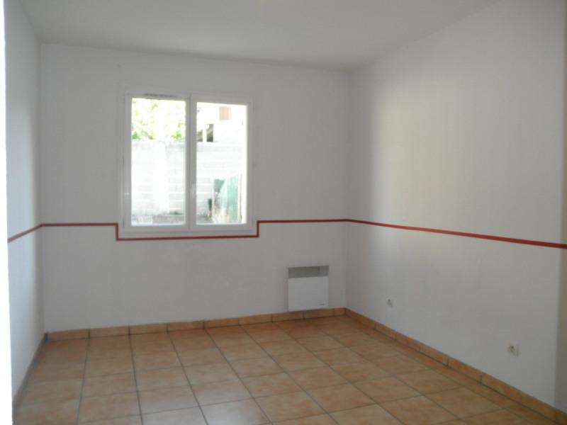 Locação apartamento La ville du bois 905€ CC - Fotografia 5