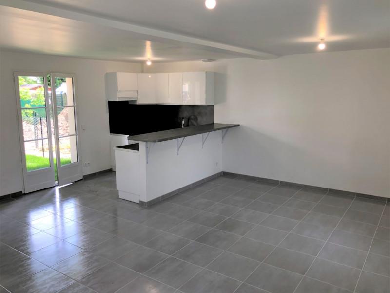 Location appartement Pontoise 915€ CC - Photo 2