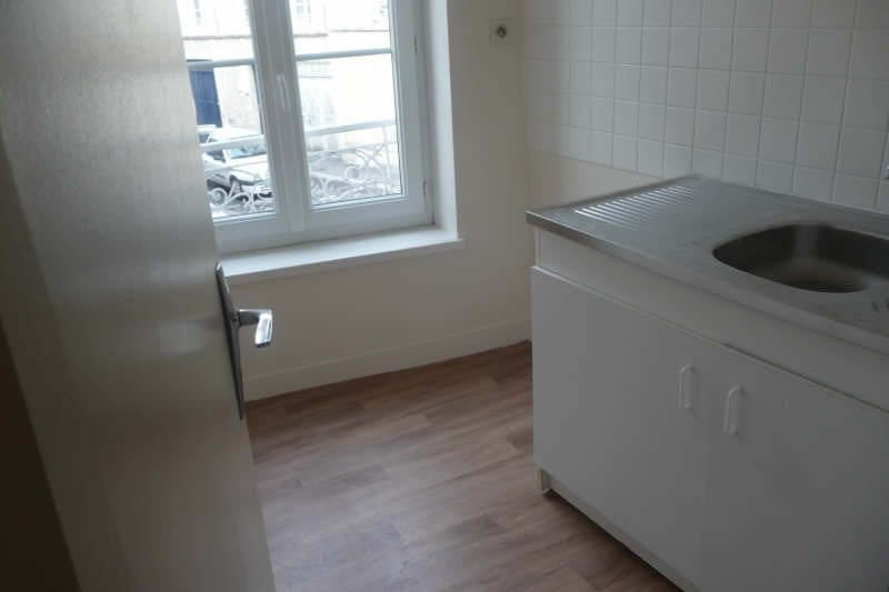 Rental apartment Caen 360€ CC - Picture 3
