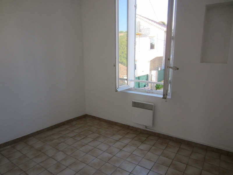 Rental apartment La seyne-sur-mer 586€ CC - Picture 4