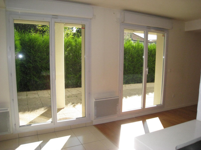 Location appartement Nogent sur marne 1218€ CC - Photo 1