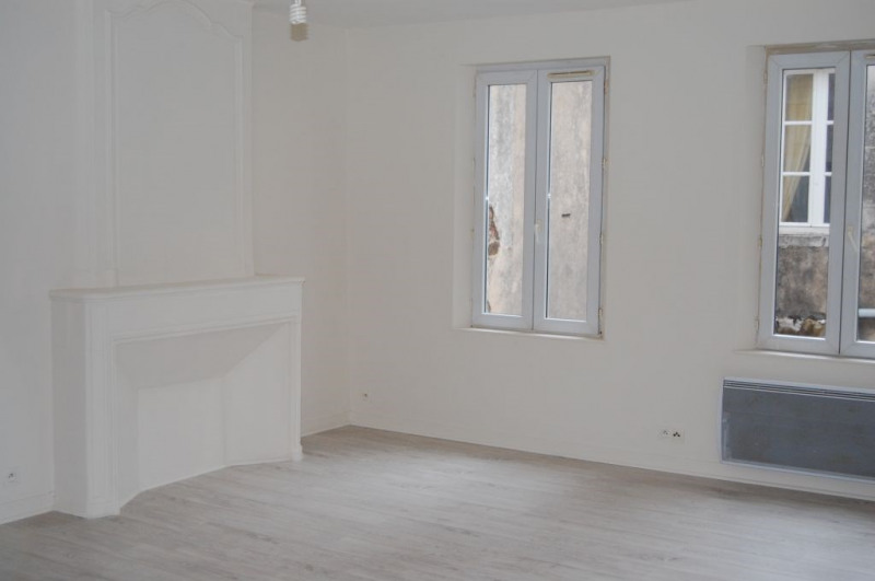 Location appartement La rochelle 621€ CC - Photo 2