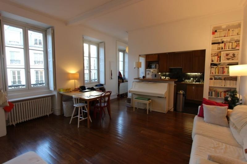 Deluxe sale apartment Paris 3ème 1 079 000€ - Picture 4