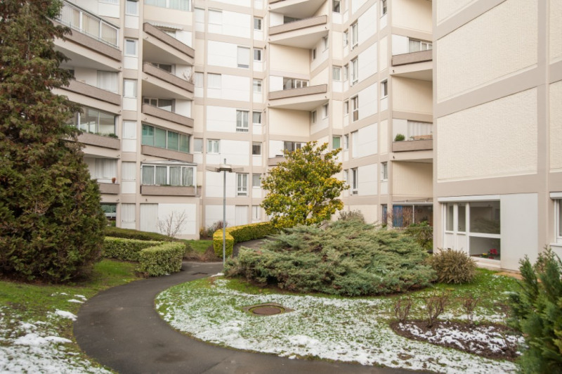 Investment property apartment Chatou 259000€ - Picture 9