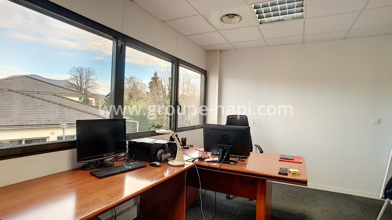 Location bureau Coublevie 982€ CC - Photo 1