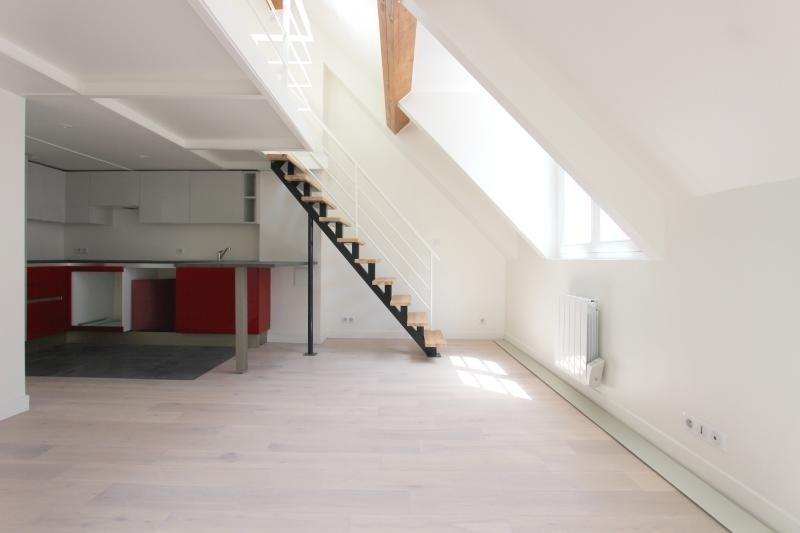 Sale apartment Paris 3ème 650000€ - Picture 1