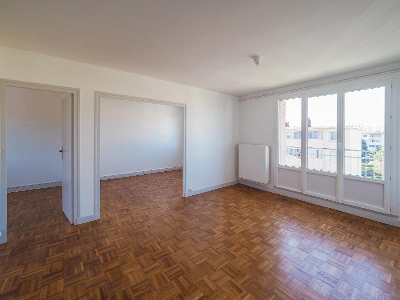 Location appartement Poisat 710€ CC - Photo 1
