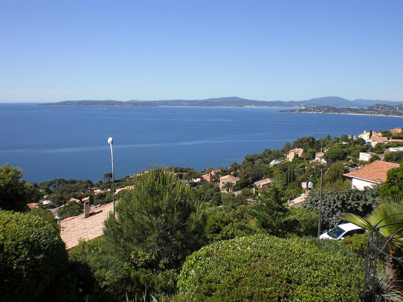 Vacation rental house / villa Les issambres 885€ - Picture 13